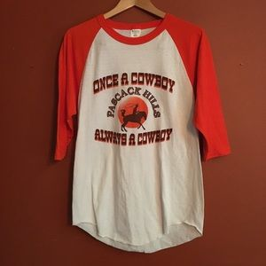 Awesome Vtg baseball cowboy tee M/L